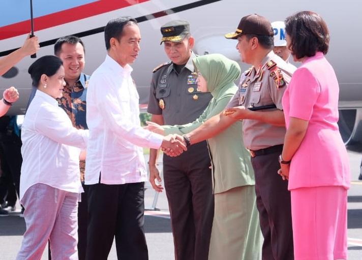 Kapolda Lampung Sambut Kedatangan Presiden RI